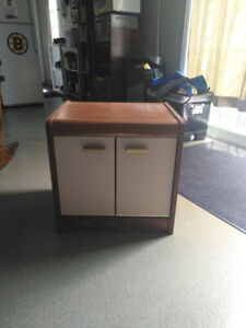 Beds side table/ cabinet