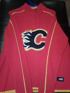 AUTHENTIC VINTAGE NHL Calgary Flames Sweater sewn patches LARGE
