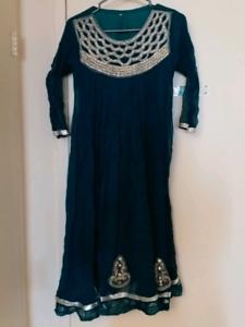 Young girls pakistani dress