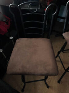 Dining room table and two chairs