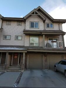 Spacious Rutherford SW Townhouse (3 Bedrm/2.5 Bathrm) Jan 1