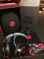 BRAND NEW BEATS SOLO2 WITH 3 YEAR WARRANTY BEST BUY