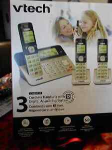 Cordless Telephone Set with Digital Answering System