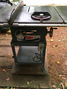 Beaver Rockwell Professional Table Saw with Extensions