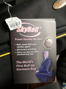 Skyroll compact suitcase
