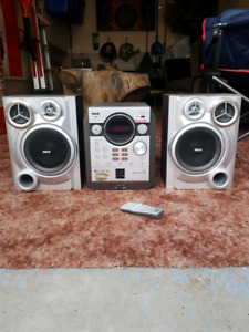 CD player radio and speakers