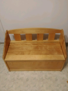 Maple Toy Chest/Bench