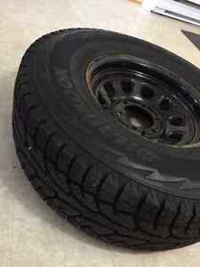 "REDUCED TO $500 - 31"" Hankook I pike RW11 winter tires+wheels"