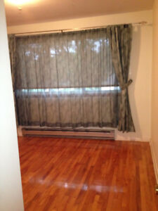 Large, renovated 5-1/2 apartment for rent