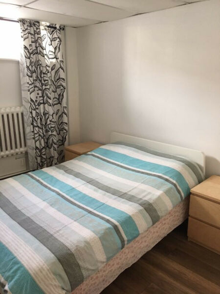 Basement 3 1/2 for rent, all included | Locations longue ...