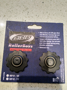 Mountain bike pulleys and lock ring tool.
