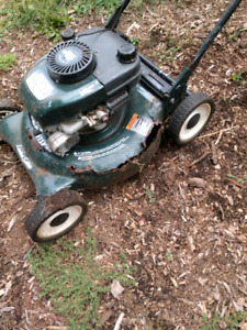 Rusted Out Craftsman 6hp lawnmower