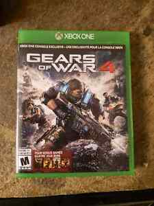 Gears of War 4 with dlc- Great condition
