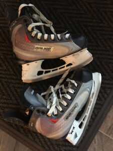 youth Bauer skates - size 4.5 D