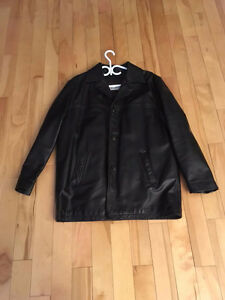 MEN'S LEATHER JACKET - MAKE IS CMM - SIZE MEDIUM/LARGE