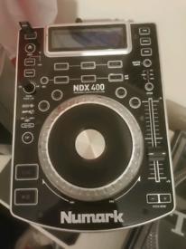 Newmark NDX400 cd dj decks.