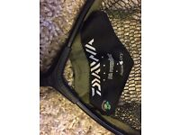 Daiwa landing net / Nash bag