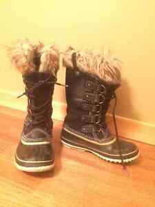 Sorel Joan of Arctic Winter boot - size 9