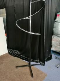 Adjustable Spiral garments rail