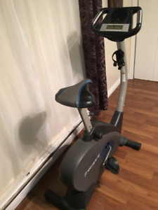 Vélo stationnaire Freestyle U100