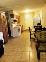 Appartement 2 chambres à coucher à 2 minutes de marche U de M