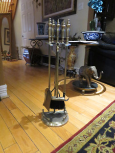 Never Used Wood fireplace cleaning & storage set