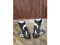 Oxtar TCS sports motorcycle motorbike boots.