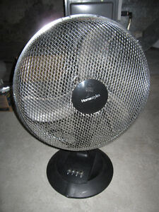 Homestyles 17 inch - 3 Speed Oscillating Table Fan