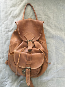 Roots Leather Backpack | other | City of Toronto | Kijiji