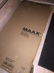 Maxx Shower Door