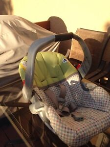 Infant car seat in good condition