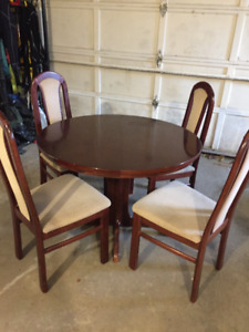 Redwood dinning set with 4 high back chairs, round & oval