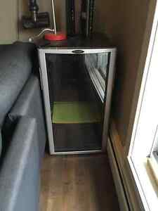 Selling Danby mini fridge
