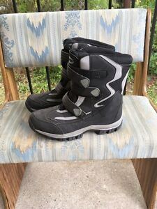 Winter Boots Size 9 Stratford Kitchener Area image 1