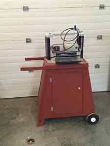 12 inch Delta thickness planer and stand