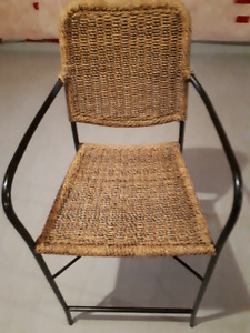 4 Wicker bar stools-Great Deal