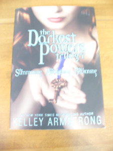 Kelley Armstrong trilogy book The darkest power