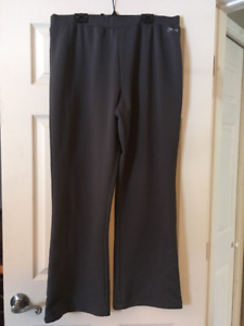 Curves Workout Pants Size Large (XL) Grey
