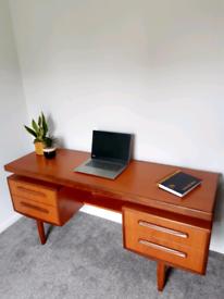 G Plan Desk