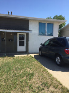 3 Bdm 1/2 Duplex for rent in Southview!  July  1