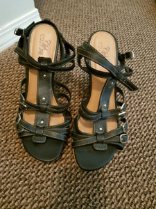 Club Coture Spring Sandals Size 10