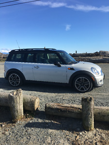 2011 MINI Clubman Hatchback