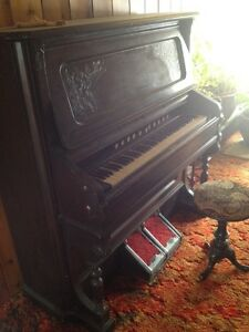 Antique pump organ St. John's Newfoundland image 3