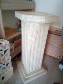 Gorgeous pillar stand