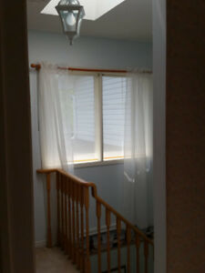 3 bedroom 2-storey Townhouse for RENT near Brittania&Creditview