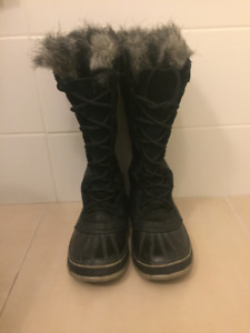SOREL LEATHER BLACK WOMEN BOOTS, size 9
