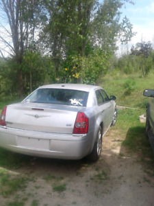 2009 Chrysler 300 $5000, best offer or try your trades