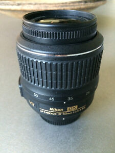 NIKON AF-S DX NIKKOR 18-55mm 1:3.5-5.6G  VR LENS great condition