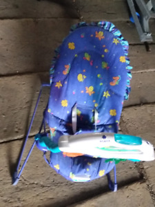 Infant vibrating chair with Activity Center