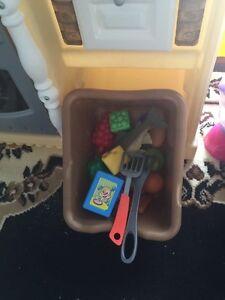 KID's TOY———$40